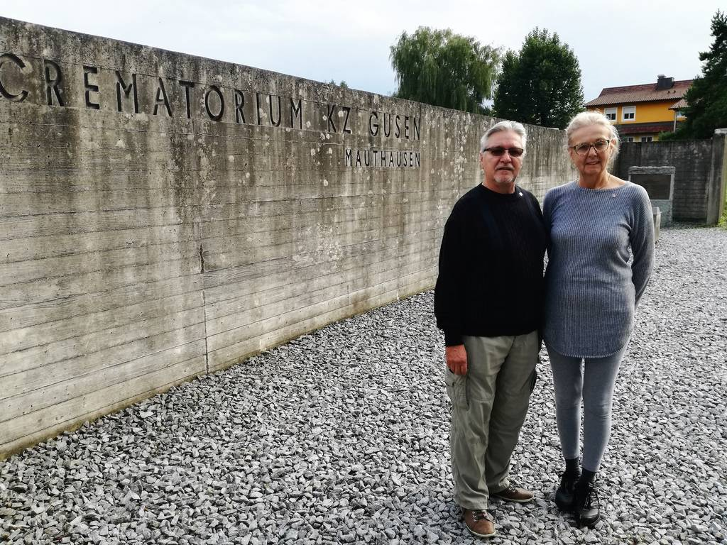 Johannes Dobbek and his wife at the Gusen Memorial (photo credits: Mauthausen Memorial)