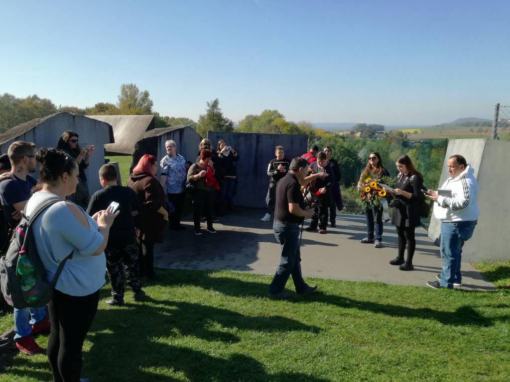Visit by a group of Roma from Burgenland and Vienna (photo credits: Mauthausen Memorial)