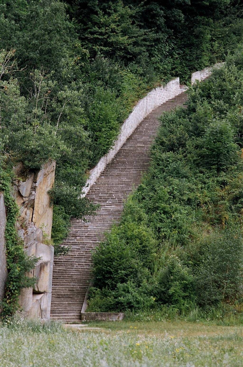"Temporary closure of the quarry stairway (""Stairway of Death"") at the Mauthausen Concentration Camp Memorial"