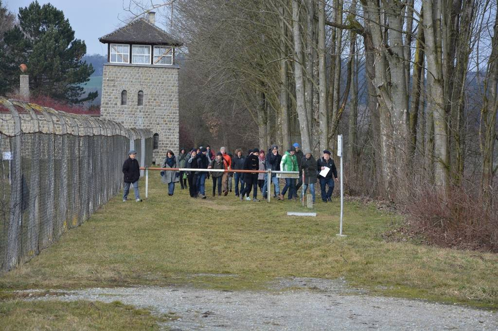 Walking tour of the area around the Mauthausen Memorial